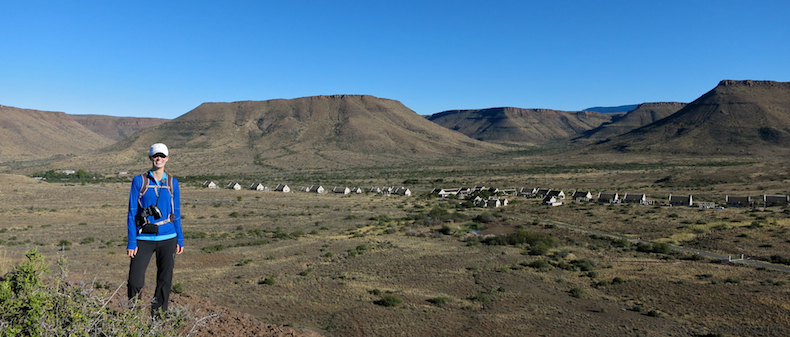 The Karoo Rest Camp nestles in a pretty mountain valley looking onto the cliffs and crags of the rocky Nuweveld Mountain Range