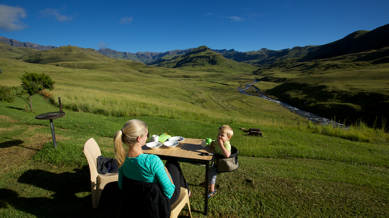 Enjoying a breakfast with a view at Lotheni Camp in the southern Drakensberg