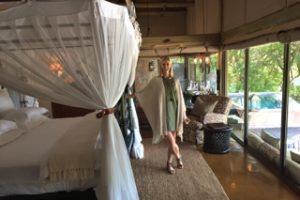 A suite at Singita Ebony Lodge